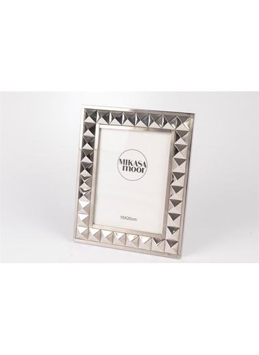 Mikasa Moor Gümüş Fotoğraf Çerçevesi 15X20Cm Gümüş